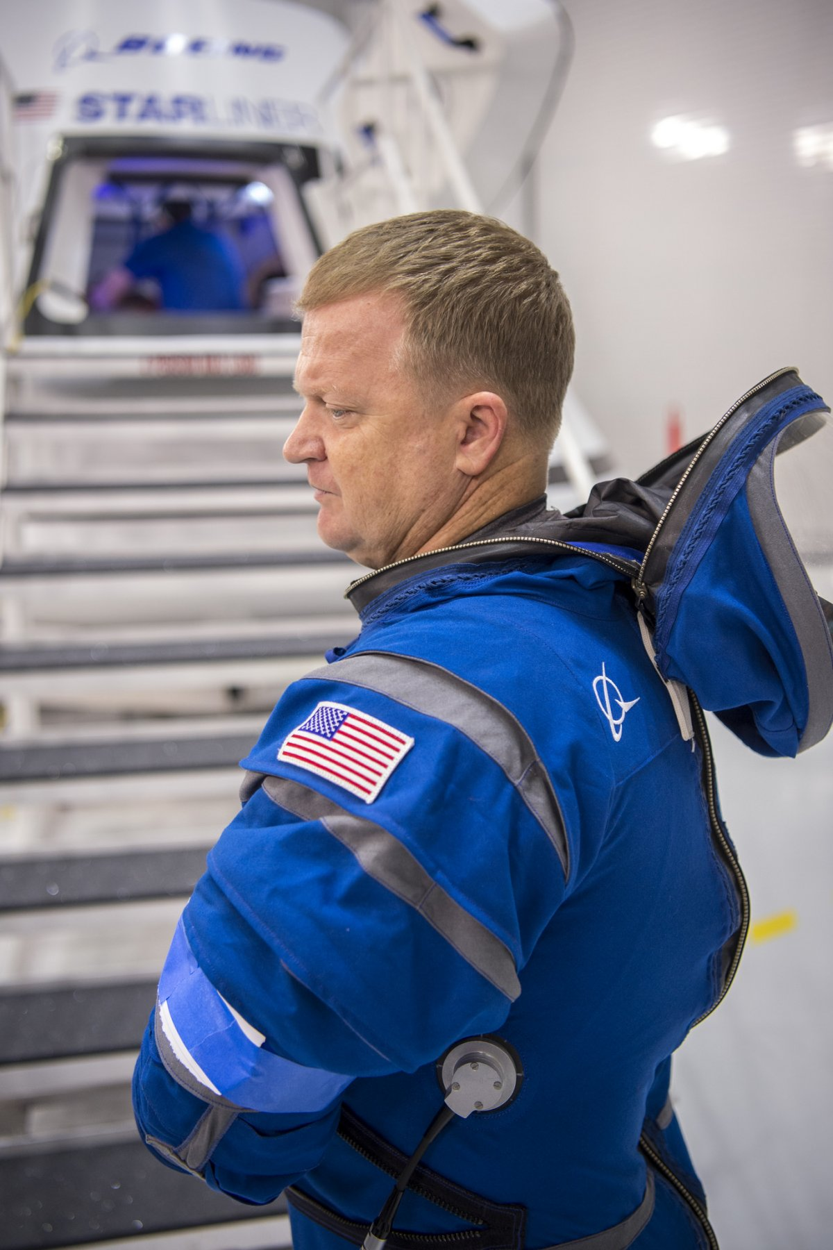 the-helmet-is-attached-with-a-thick-air-tight-zipper--no-heavy-or-bulky-neck-ring-required-nasa-astronaut-eric-boe-is-the-guy-in-the-suit
