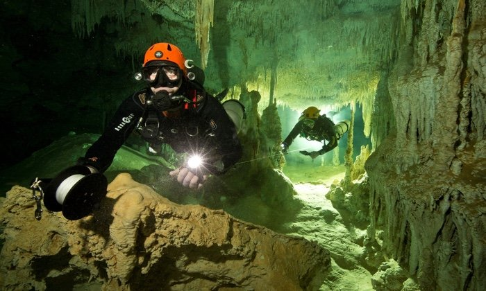 Divers Found The World's Largest Underwater Cave, And It's Full of Maya Secrets  835-mexico-sac-actun-cave-1