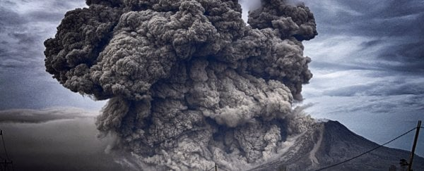 The crazy phenomenon of 'volcanic thunder' has been recorded for the first time