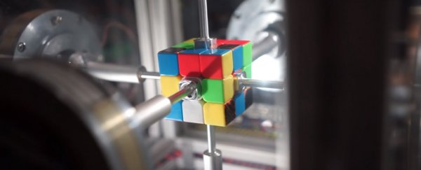 This robot can solve a Rubik's Cube in less than half a second