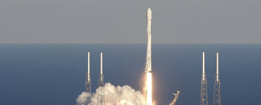 Elon Musk's SpaceX Is Using Powerful Rocket Technology That NASA Says Could Put Lives at Risk  SpaceXRisk_web_1024