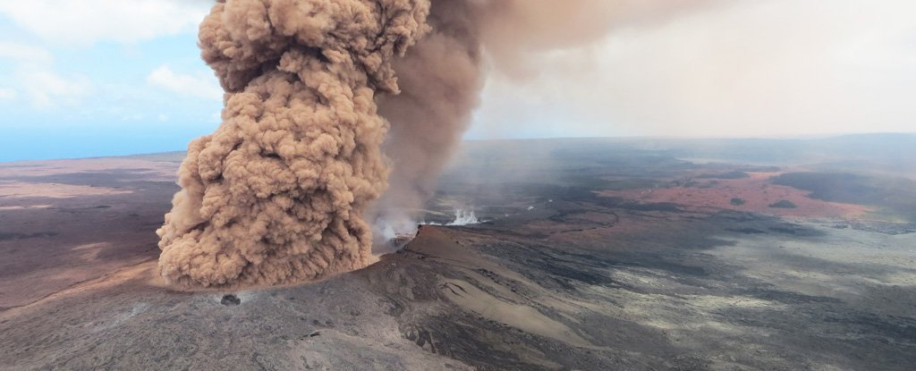 Hawaii's Volcano Might Go Massively Explosive After All, Scientists Say