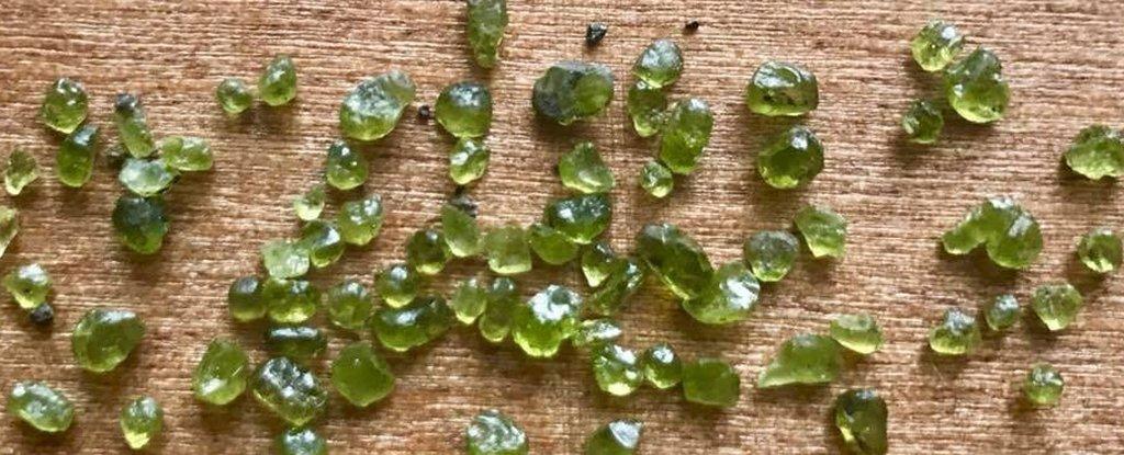 Hawaii's Kilauea Volcano Is Literally Raining Gemstones Now, And We Want Some