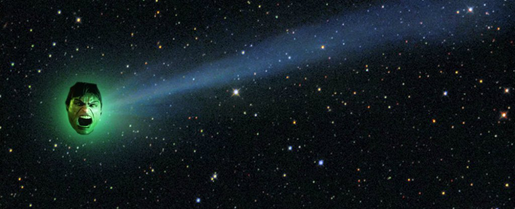 Glowing Green 'Incredible Hulk' Comet Will Pass Earth Tonight For