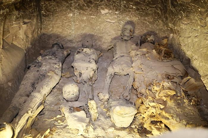 sepoltura familiare tt22