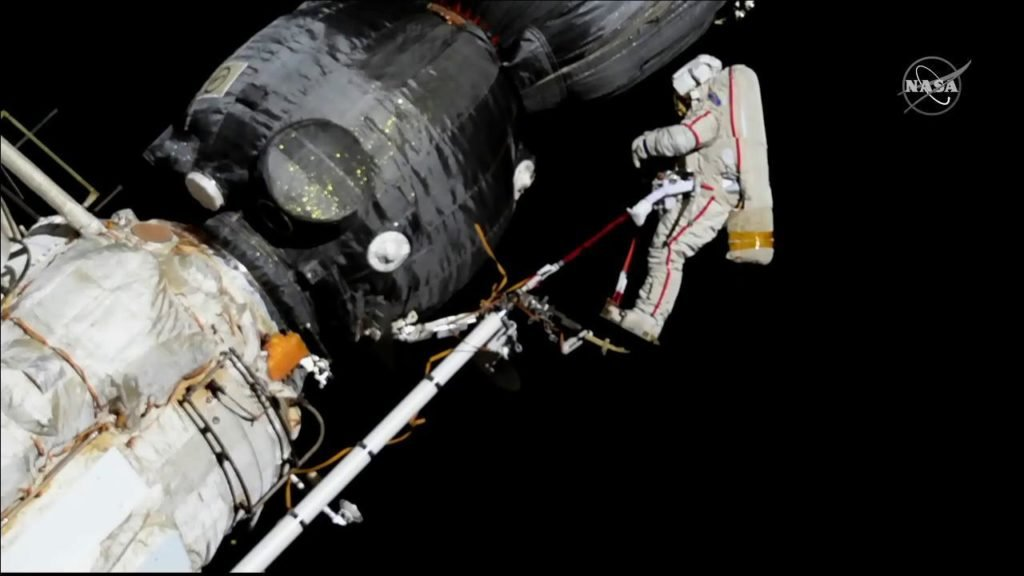Spacewalk1