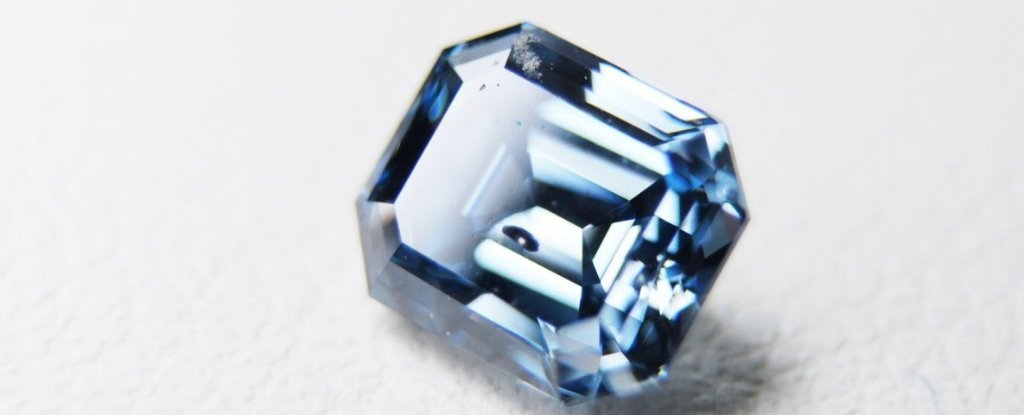 Dead People And Pets Are Being Forged Into Pretty Blue Diamonds - Here's How It Works