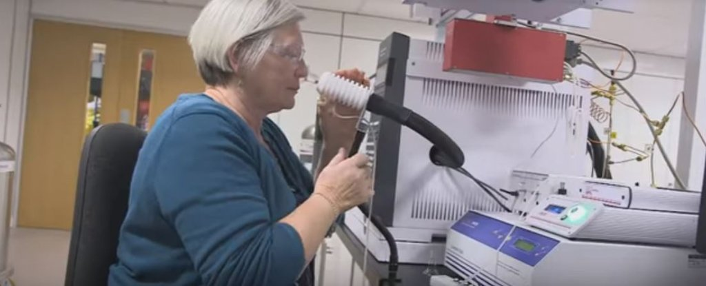 This Woman Can Actually Smell Parkinson's Disease Before It's Diagnosed