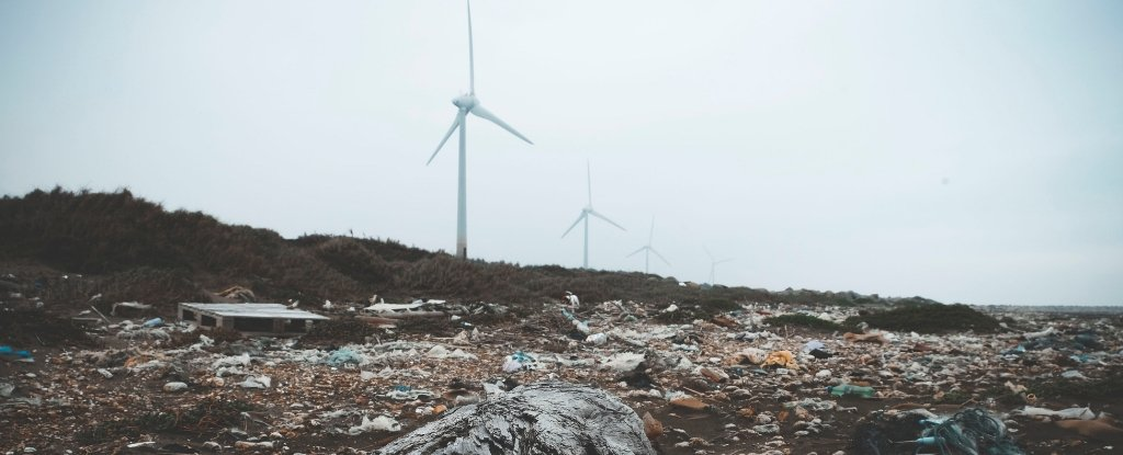 Alarming Study Finds That Wind Can Actually Carry Microplastics to Remote Places
