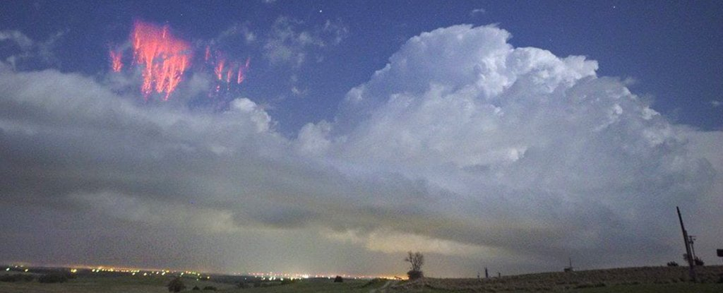 Eerie Photos Capture Glowing Red 'Sprites' Lighting Up The Sky in Oklahoma
