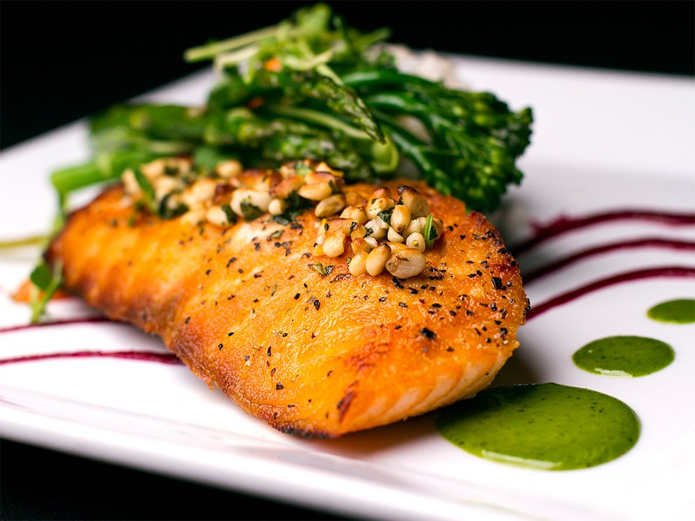 Salmon is rich in vitamin B. (iStock)