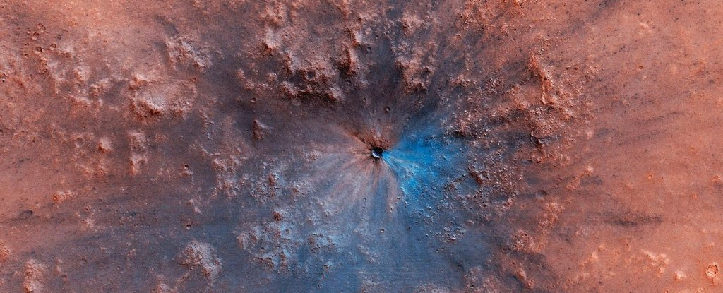 Astronomers Have Spotted a New Crater on Mars That's Like Nothing They've Ever Seen