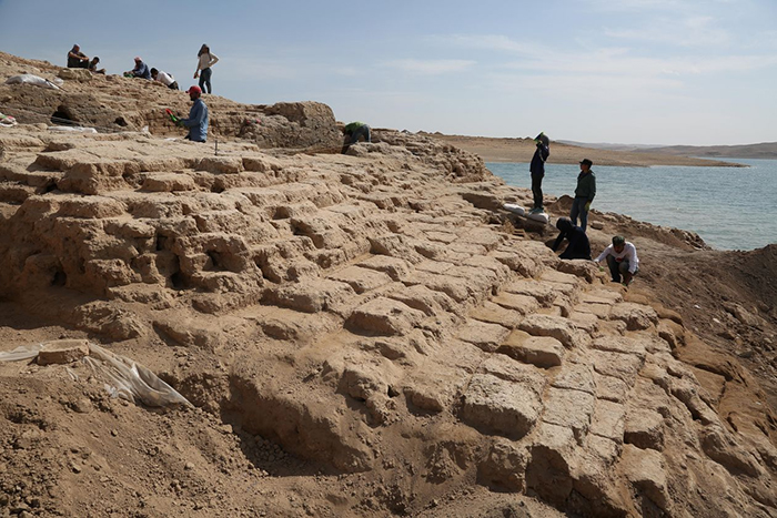 Archaeologists at Tigris Uncover Grand Palace Ruins of a