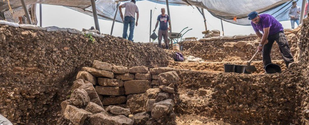 "A ""Game-Changing"" 10,000-Year-Old Neolithic City Has Been Unearthed Near Jerusalem"