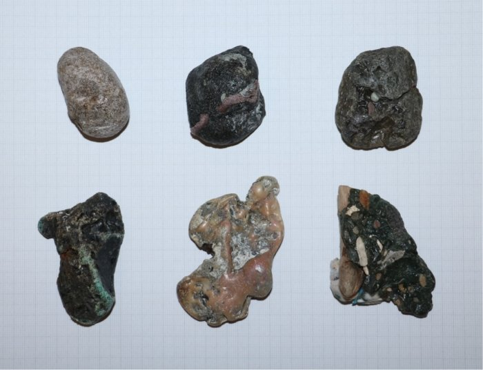 plastic rocks individual