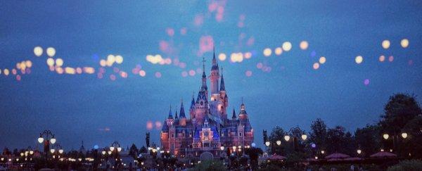 A Teen With Measles Visited Disneyland Universal Studios