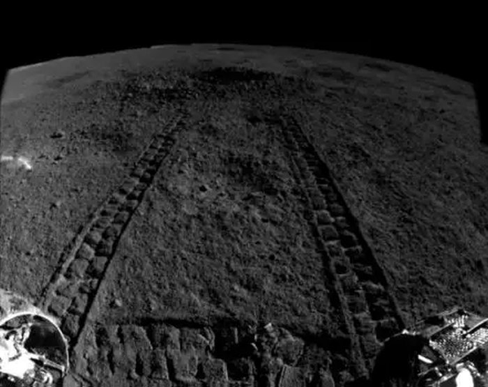China's Lunar Rover Finds a 'Gel-Like' Substance on The Far