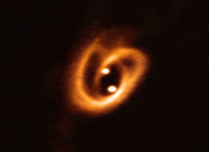 eso1916a binary star accretion