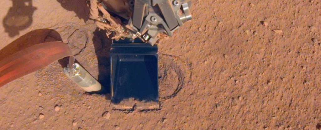 NASA's 'Mole' Is Digging Below The Surface of Mars Again Thanks to an Ingenious Hack