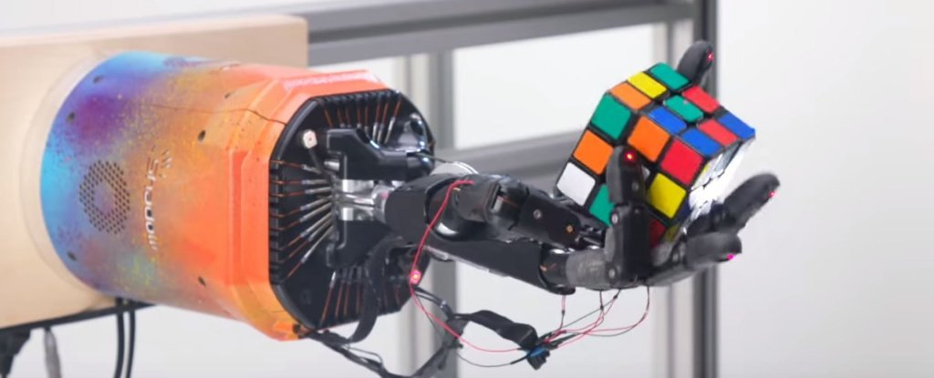 We Can't Stop Watching This Robot Hand Seamlessly Solve a Rubik's Cube