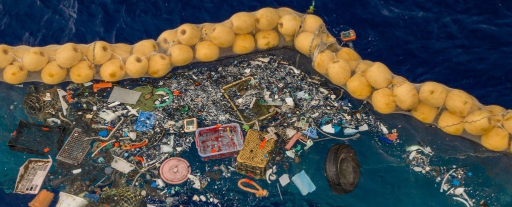 That Ocean Garbage Collector Is Finally Hauling in Bags of Plastic Waste