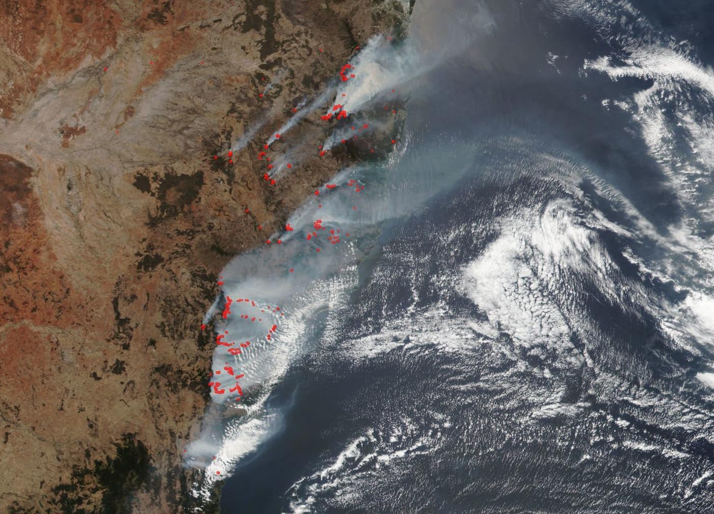 wild fires burning sydney