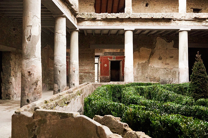 (Handout/Press Office of the Pompeii Archaeological Park/AFP)