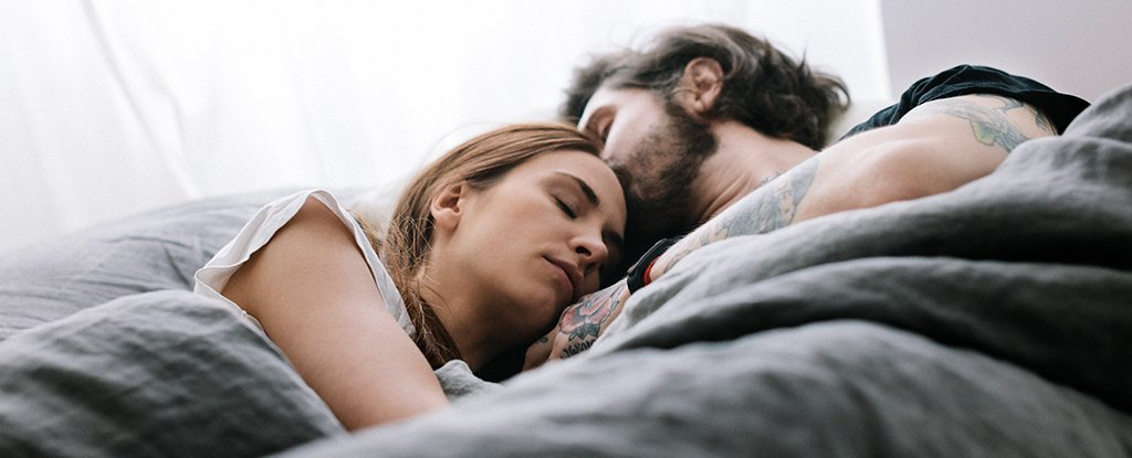 Comprehensive Study Suggests Most Heterosexual Couples Get Better Sleep When Together