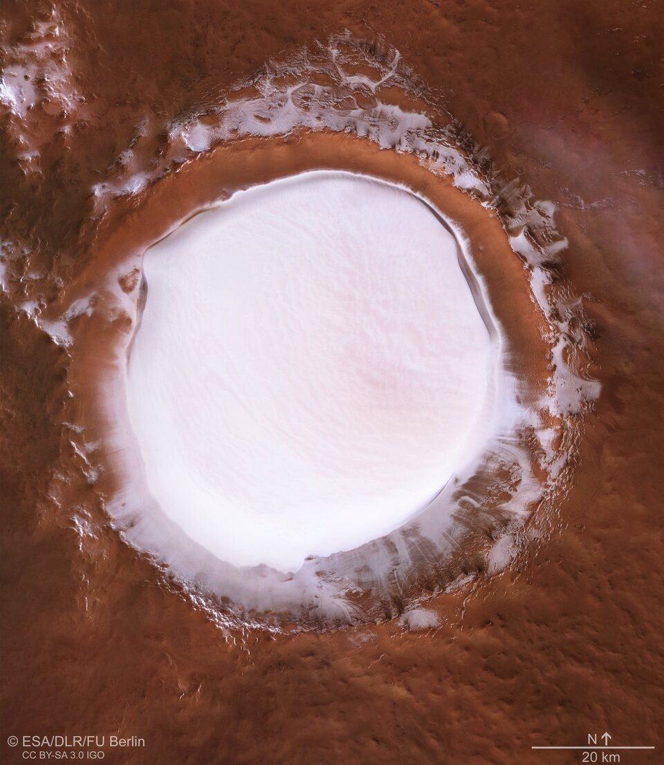 Gorgeous New Footage Lets You Fly Over a Vast, Ice-Filled Crater on Mars