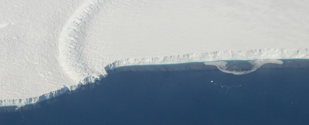 More Than Half The Ice Shelves Currently Buffering Antarctica Are at Risk of Crumbling – ScienceAlert