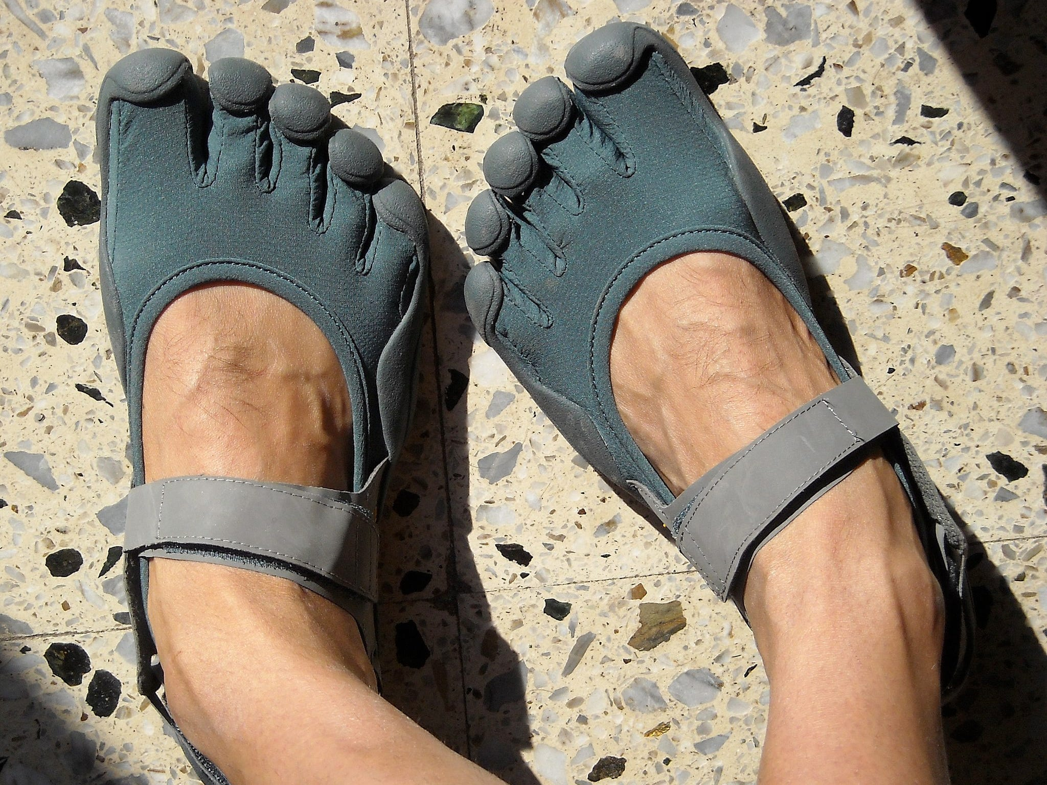 A pair of Vibram Five Finger minimalist shoes. (Wikimedia Commons)