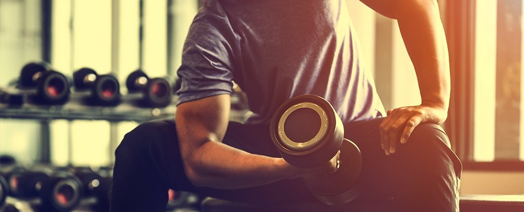 Weight Training in One Arm Has Benefits For The Other, Even if It Doesn't Do a Thing