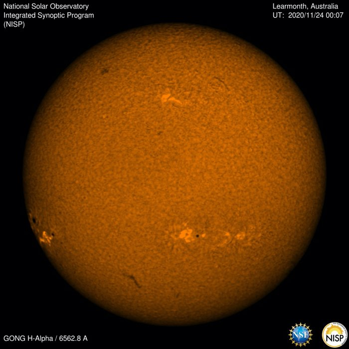 Astronomers Predict Giant Sunspot Cluster Coinciding With Thanksgiving