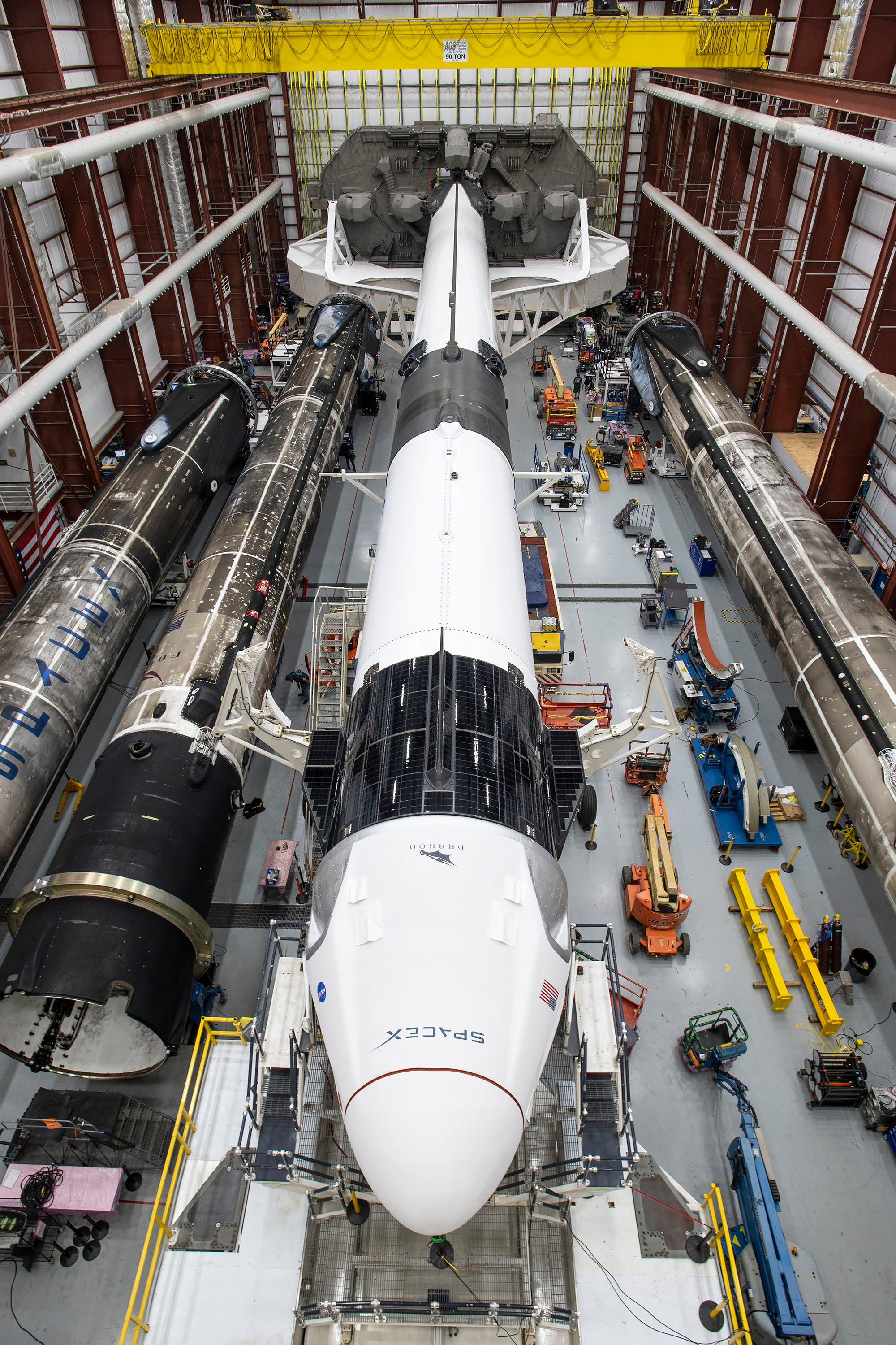 Crew Dragon Resilience and its Falcon 9 rocket, NASA's Kennedy Space Centre, November 9, 2020. (Spacex)