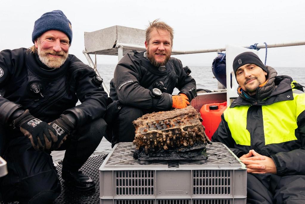 Christian Howe, Florian Huber and Uli Kunz (Uli Kunz/WWF/submaris/AFP)