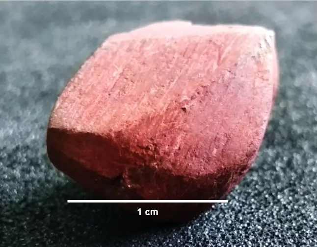 small red stone used for ochre painting
