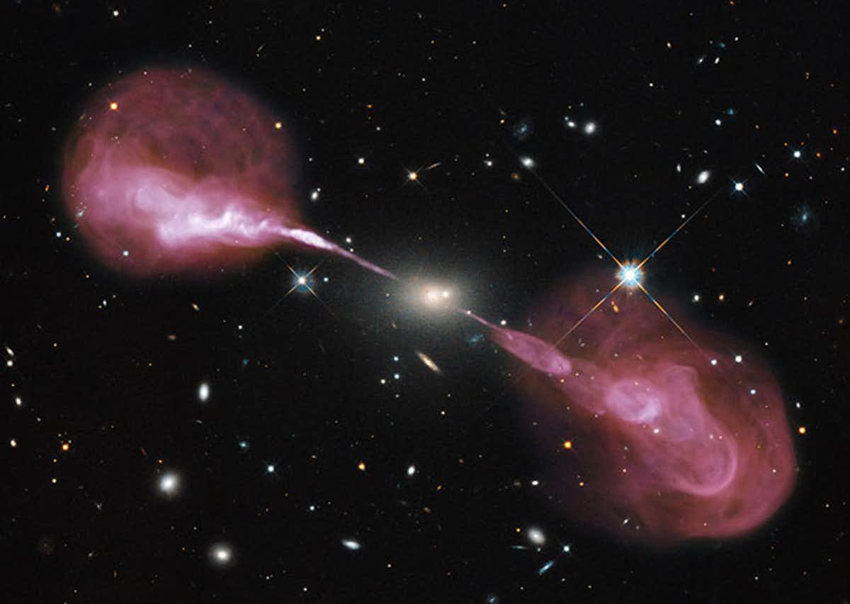 xxx (NASA/ESA/NRAO)