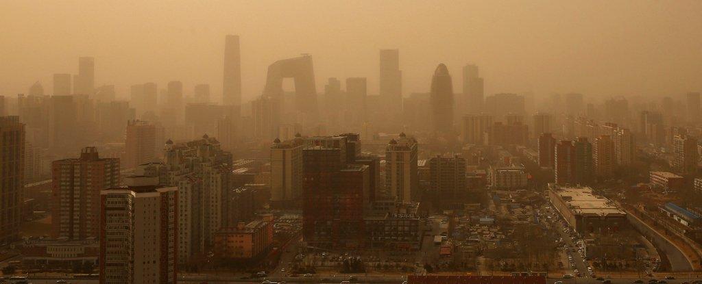 2013 sandstorm, Beijing.
