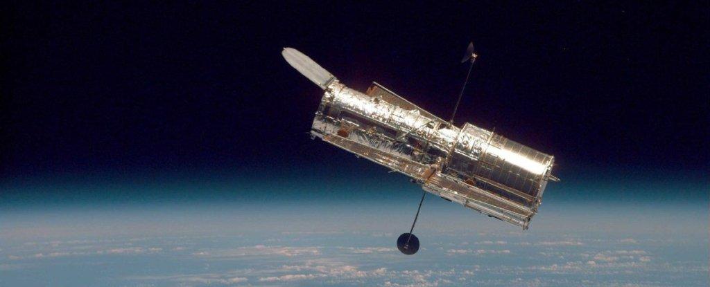 Hubble's Main Computer Is Offline, And NASA Is Desperately Attempting to Fix It - ScienceAlert