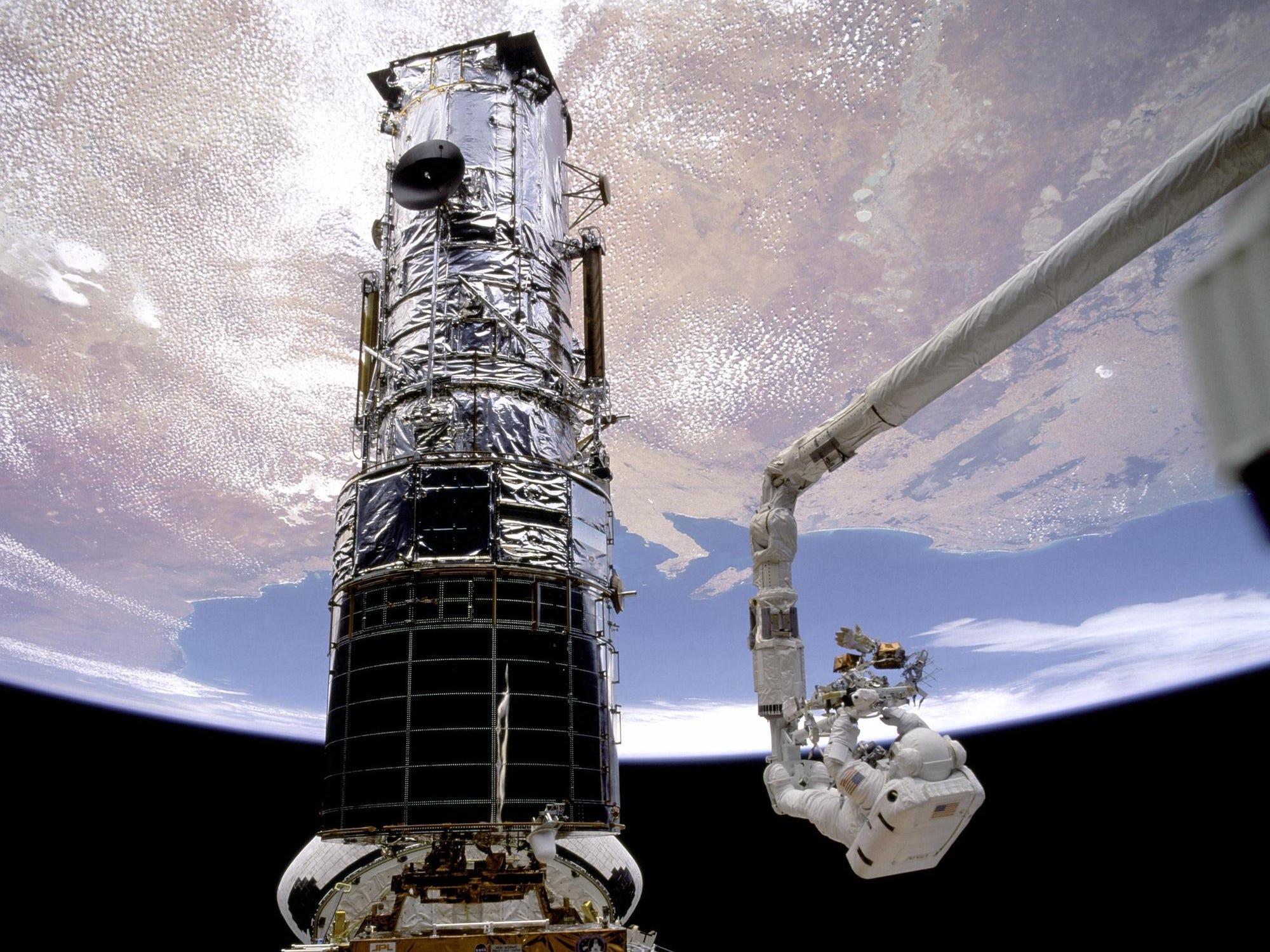 Astronauts have visited Hubble for repairs and maintenance on five occasions. (NASA)