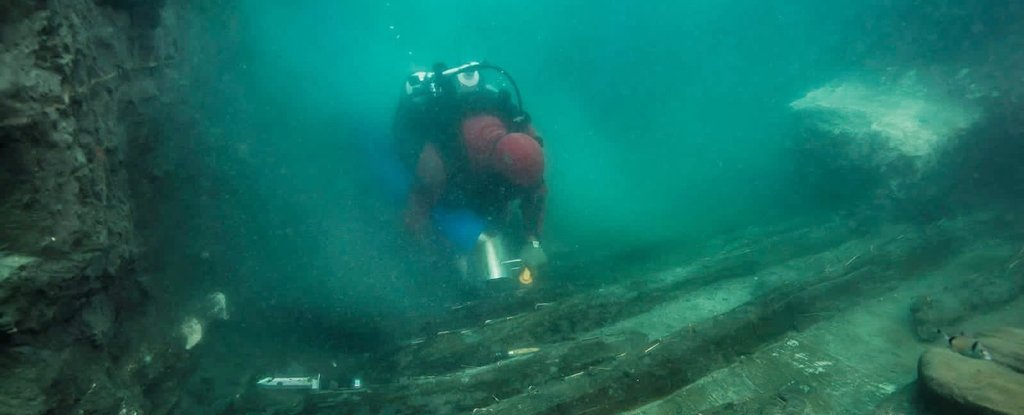 Underwater City in Egypt Reveals Ancient Ship And Burial Site Hidden Below The Waves