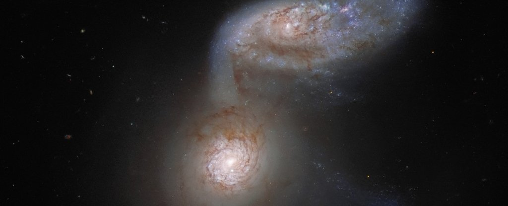 Hubble Captures Mesmerizing Detail of Two Galaxies on a Collision Course
