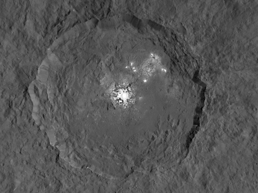 NASA's Dawn spacecraft takes close-ups of Ceres's strange white spots but can't explain them