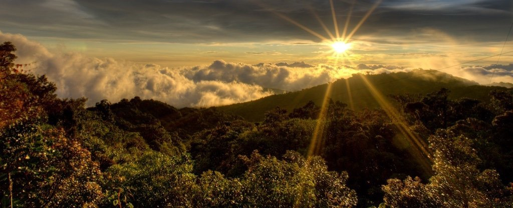 Costa Rica's Electricity Has Run Entirely on Renewables For 300 Days in 2017
