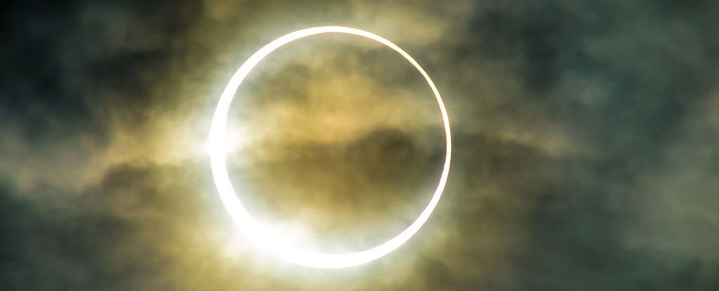 After 300 Years, Scientists Think They've Finally Solved The Mystery of 'Eclipse Wind'