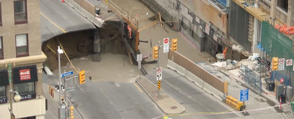 This Gigantic Sinkhole in Ottawa Just Took Out a 4-Lane Road