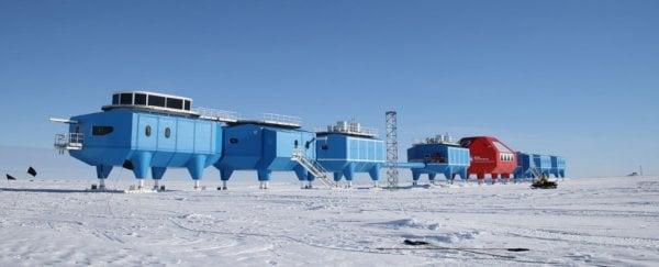 A giant ice crack is forcing the evacuation of the Halley Antarctic research station