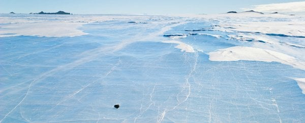 An expedition to search for Antarctica's 'lost meteorites' has been approved