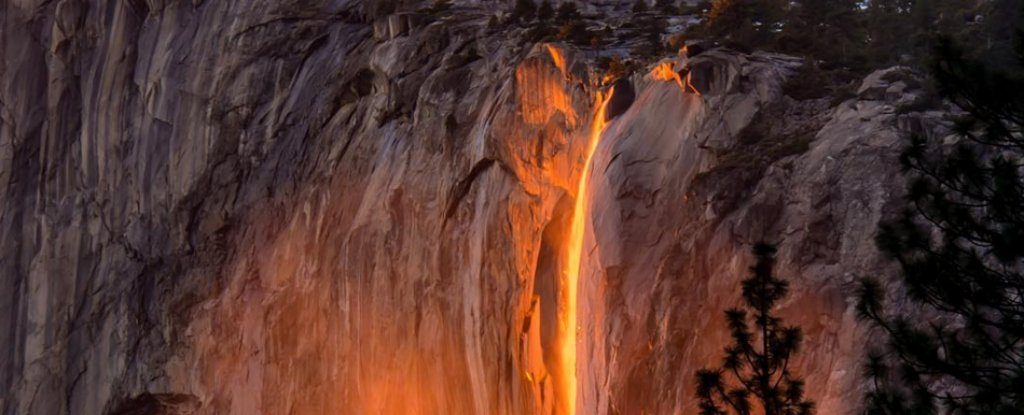 A Waterfall in Yosemite Has Turned Into a Glowing 'Firefall'