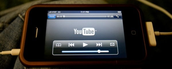 Here's How You Can Keep YouTube Playing on Your Phone After